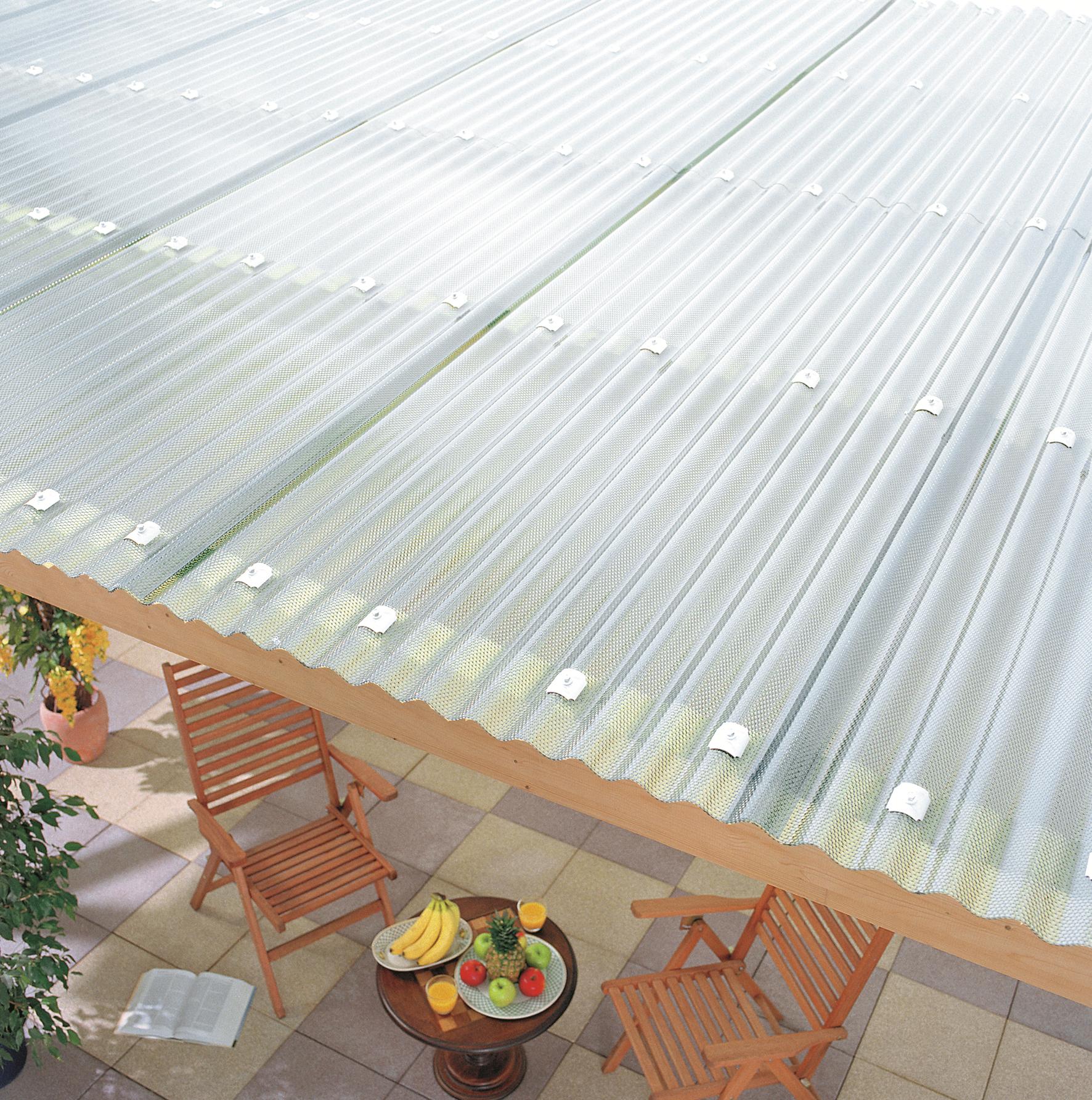 Uberdachungen Mit Lichtdurchlassigen Dachplatten Aus Kunststoff