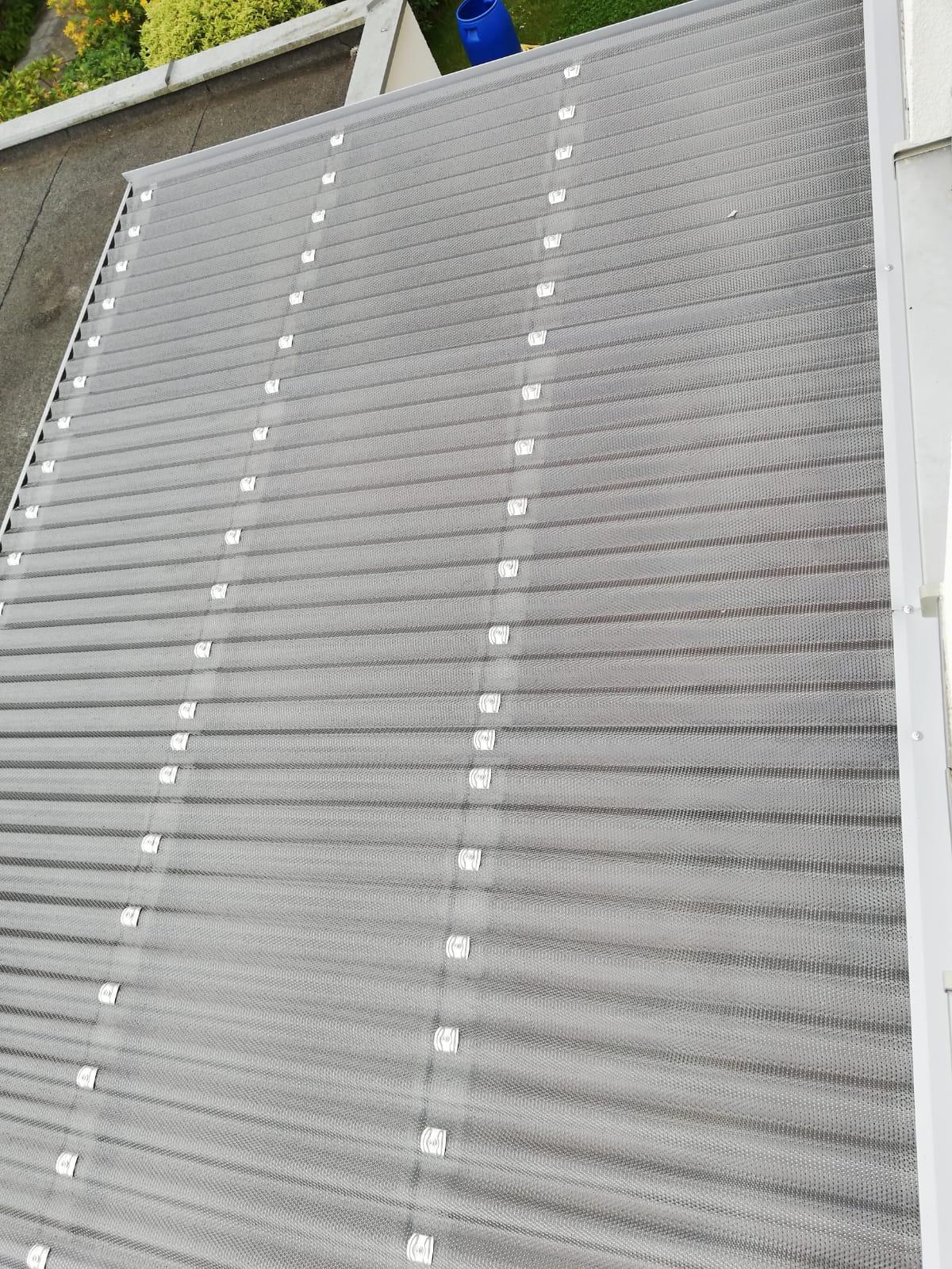 Polycarbonat Welldach hagelsicher Wabenstruktur graphit